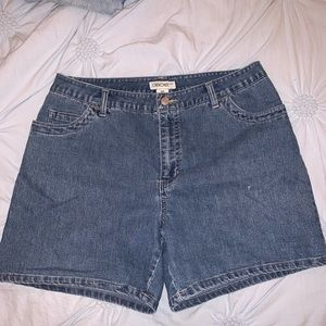 Vintage Cherokee Medium Wash Mom Shorts